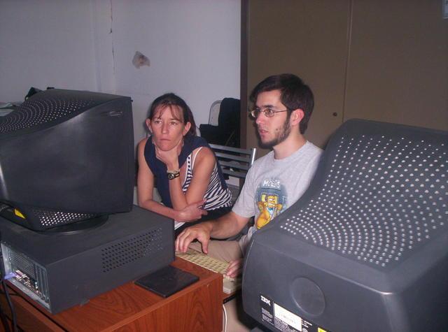 014 Julio Puigpinos y Nerina la nueva usuaria de Kwort